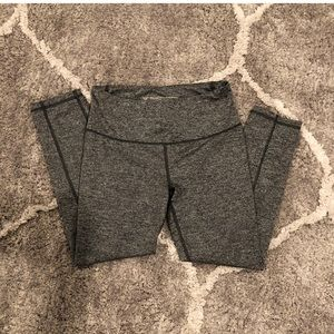 Victoria's Secret Knock Out Cropped Grey Leggings